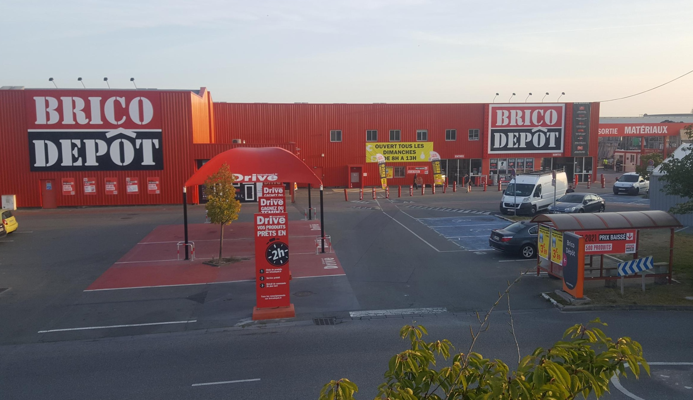 Magasin Brico Depot Leers