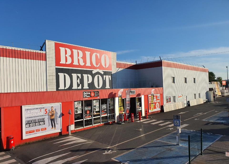 Magasin De Bricolage Brico D P T De Montlucon Allier