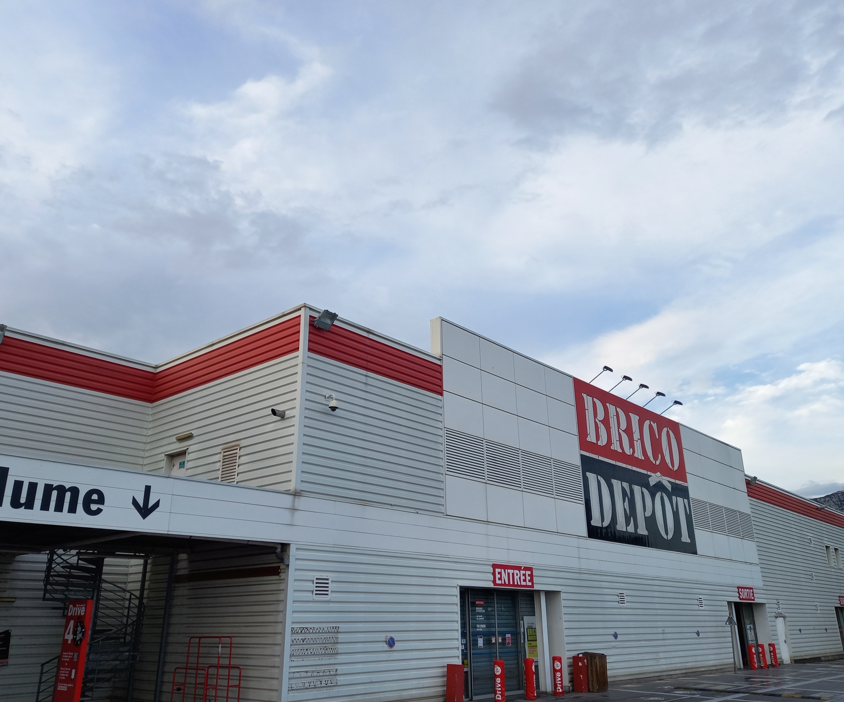 Horaire brico depot barberey saint sulpice for Brico depot charleville horaire