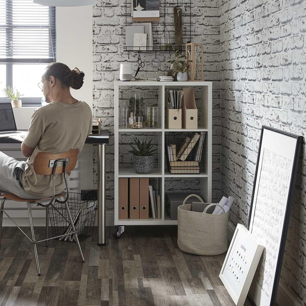 Rénovation d'un bureaux avec revêtement sol et peinture intérieure GoodHome