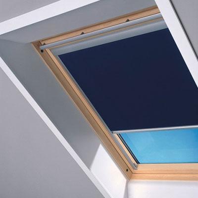 Store occultant bleu en toile polyester pour fenêtre de toit 78x98 cm – VELUX