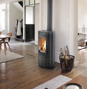 poele a bois. Black Bedroom Furniture Sets. Home Design Ideas