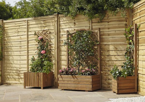 bac fleurs bois 40 x 40 cm avec treillis brico d p t. Black Bedroom Furniture Sets. Home Design Ideas
