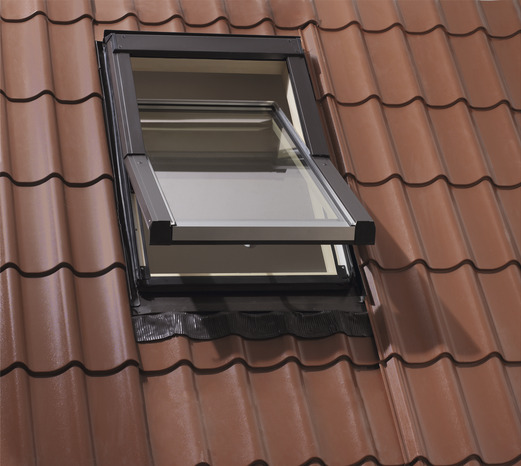 fen tre de toit rotation l 74 x h 98 cm brico d p t. Black Bedroom Furniture Sets. Home Design Ideas