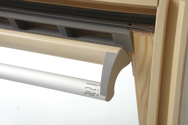 de toit en bois de 55 cm par 78 cm - velux - brico dépôt