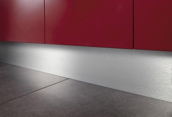 Plinthe Finition Aluminium Brosse L 250cm H 15 Cm Brico Depot