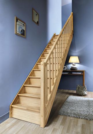 escalier droit en h tre avec rampe bois vol e droite. Black Bedroom Furniture Sets. Home Design Ideas