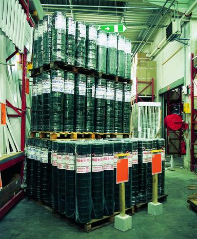 rouleau grillage soud en acier galvanis plastifi vert l 20 m x h 1 50 m maille 100x100. Black Bedroom Furniture Sets. Home Design Ideas