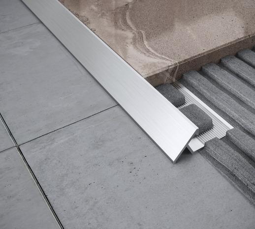 profil de transition sol aluminium brut 10 mm le profil. Black Bedroom Furniture Sets. Home Design Ideas