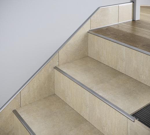 nez de marche rond aluminium brut 11 mm brico d p t. Black Bedroom Furniture Sets. Home Design Ideas