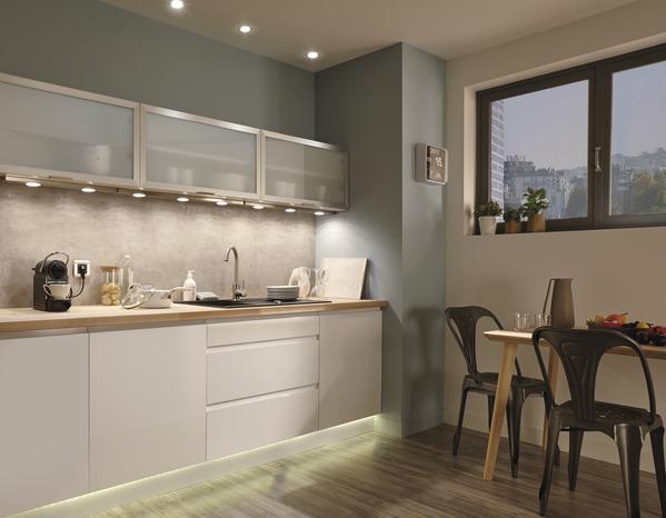 kit ruban led blanc deco 3m brico d p t. Black Bedroom Furniture Sets. Home Design Ideas