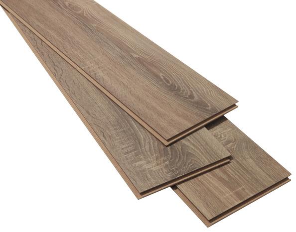 rev tement de sol stratifi clipser p 7 mm d cor imitation ch ne naturel brico d p t. Black Bedroom Furniture Sets. Home Design Ideas