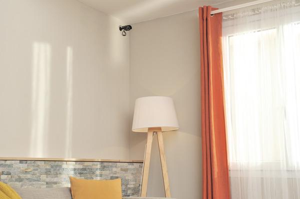 kit de vid o surveillance filaire int rieur ext rieur brico d p t. Black Bedroom Furniture Sets. Home Design Ideas