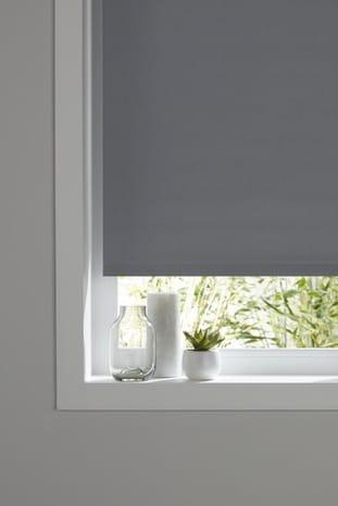 store enrouleur occultant polyester gris l 120 x h 180 cm brico d p t. Black Bedroom Furniture Sets. Home Design Ideas
