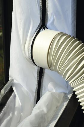 Kit fen tre pour climatiseur mobile brico d p t for Installation climatiseur de fenetre